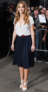 041612-summer-work-looks-jennifer-lawrence-300