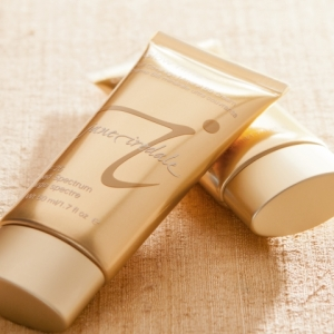 Jane Iredale Glow Time Mineral BB Cream, product review