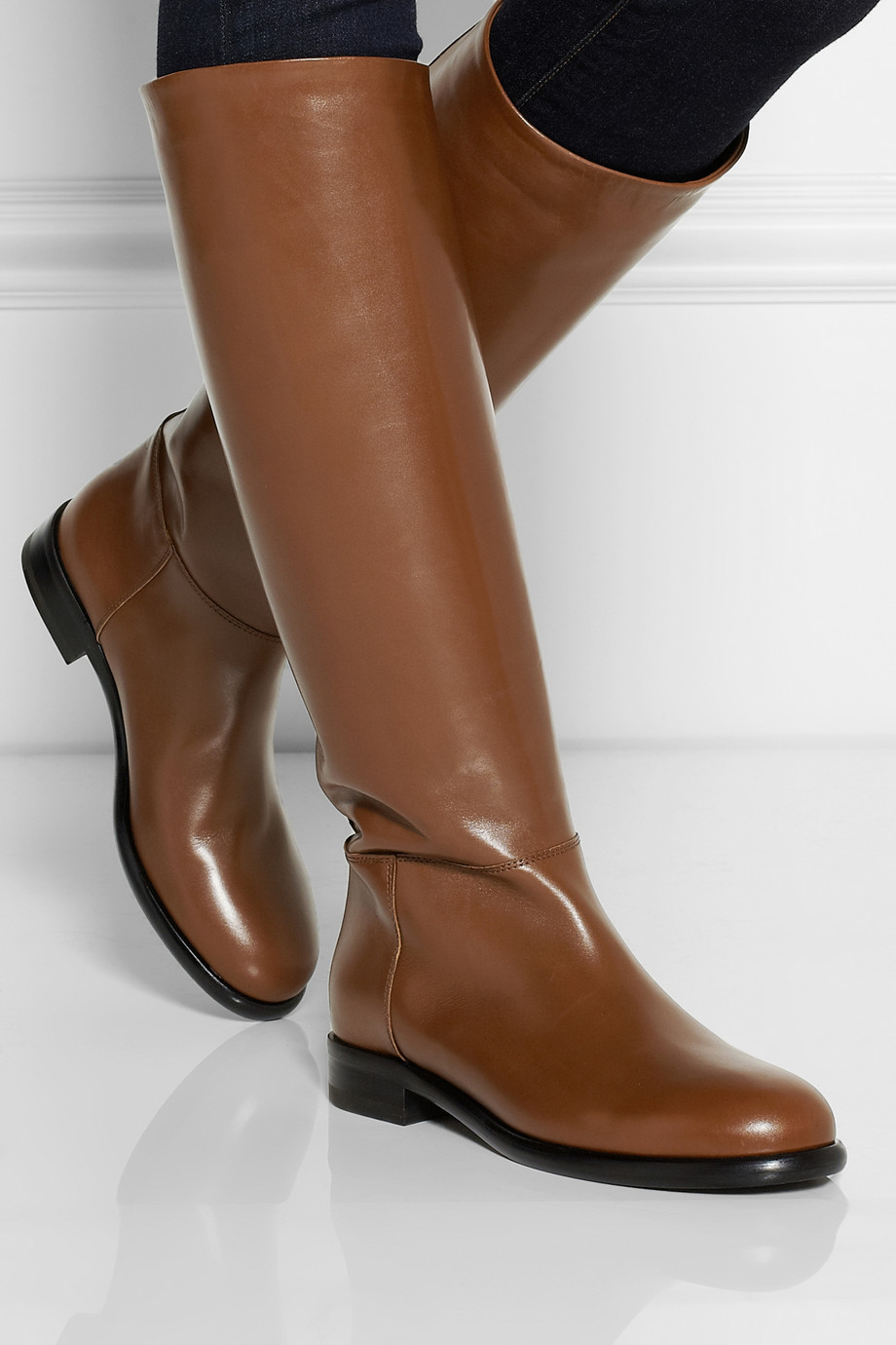 fall fashion finding the pair of brown boots
